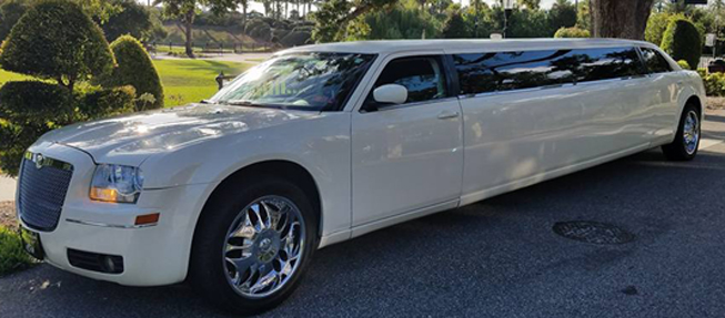 Chrysler 300 Limo In Ormond Beach